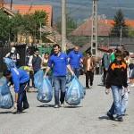 Gălăţenii participa la ce mai mare acţiune de ecologizare