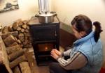 Se distribuie banii pentru subvențiile la încălzirea cu  lemne