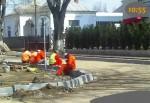 Lucratori Tancrad pe strada Galati din Tecuci