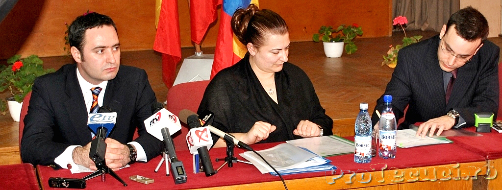 Semnarea contractului pentru executarea centurii de sud-vest a Tecuciului