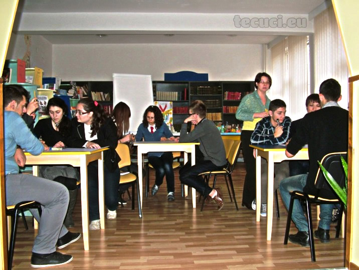 O parte din elevii voluntari
