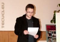 1 Decembrie SUMBRU: Ce n-au făcut autorităţile, a realizat un elev