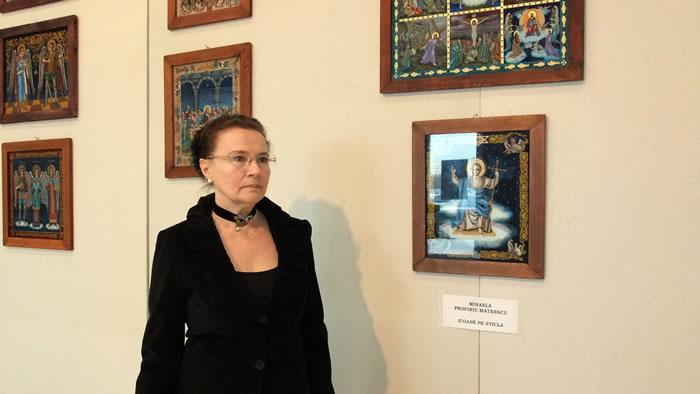 Mihaela-Mateescu-Profiriu-pictura-pe-sticla