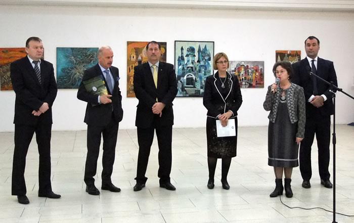 vernisajul-expoziției-de-pictură-Mozaic-plastic-artiști-etnici-italieni-și-invitații-lor