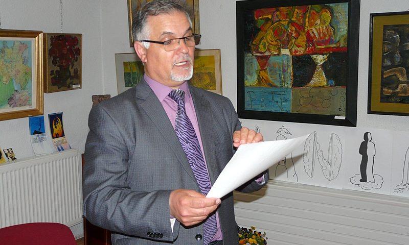 Poetul basarabean Ioan Găină la Tecuci - discurs
