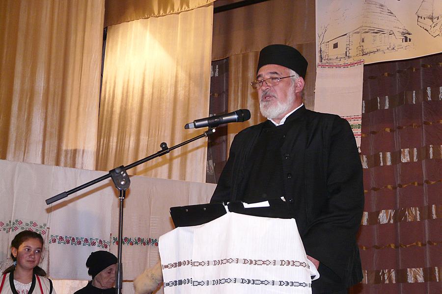 Manifestarea la Tecuci dedicată Anului omagial al satului românesc 3