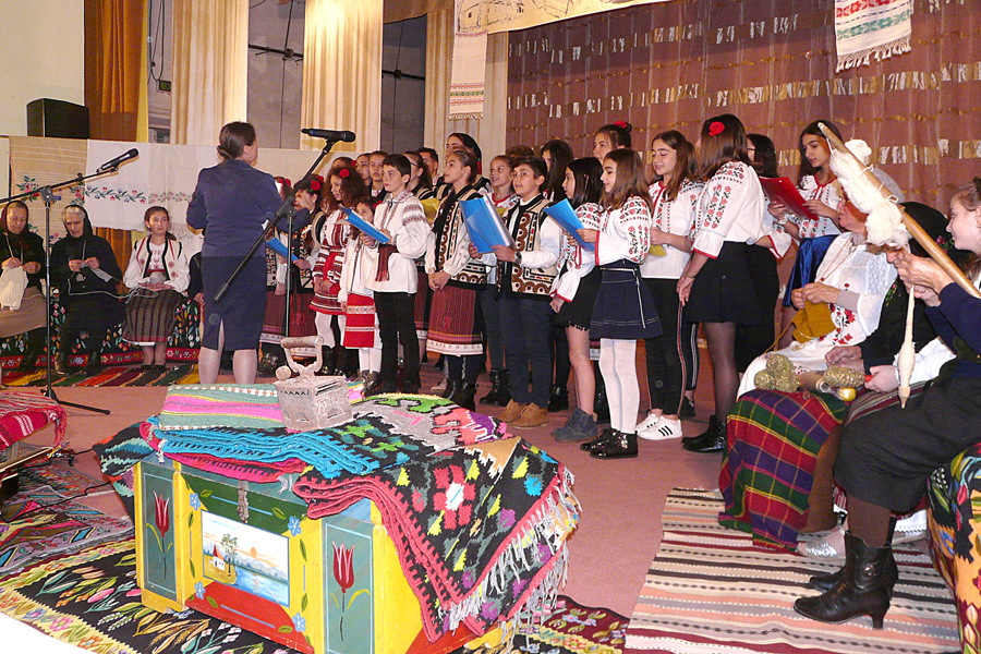Manifestarea la Tecuci dedicată Anului omagial al satului românesc 4