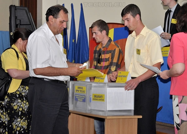Alegeri-PNL-Tecuci-2013